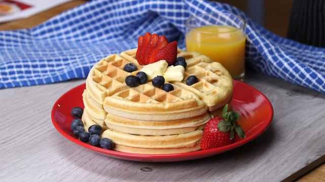 berries breakfast delicious food